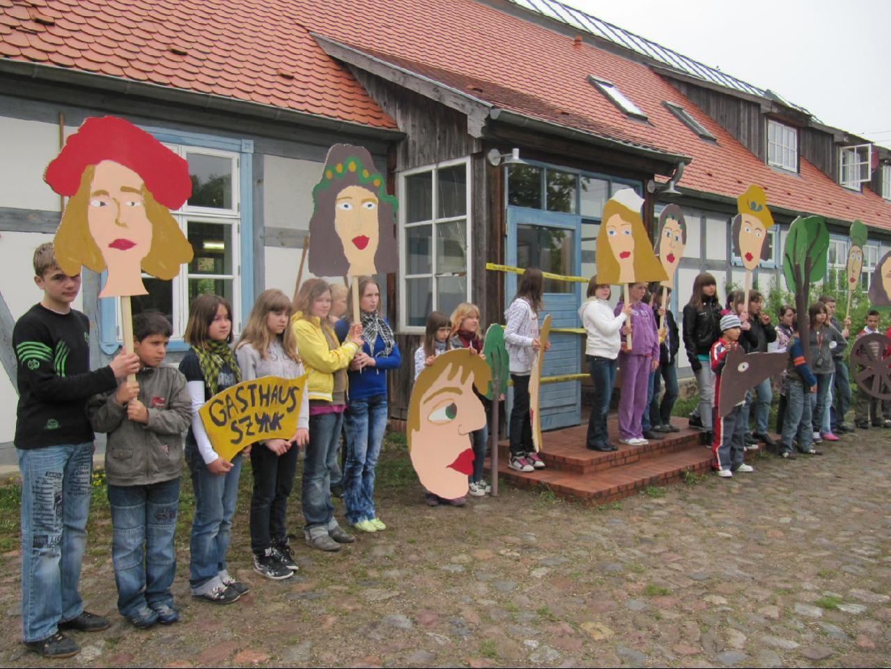 Jugendprojekt mit Kindern aus Milmersdorf ( Deutschland) und Lubanowo ( Polen)